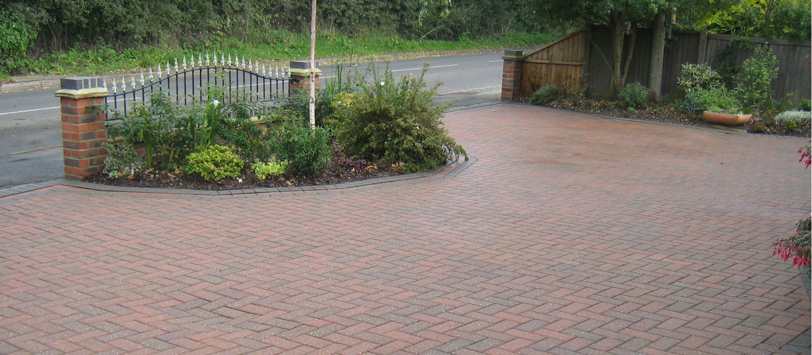 Should You Use A Pressure Washer To Clean Block Paving?